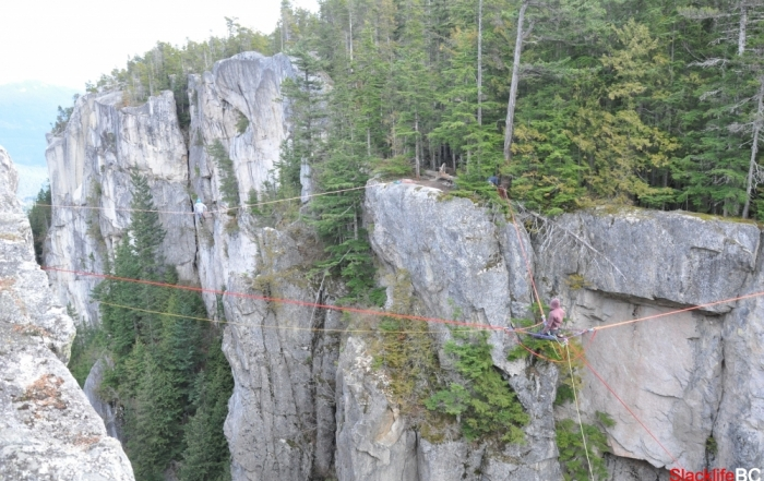 slacklifebc north gully spacenet highline